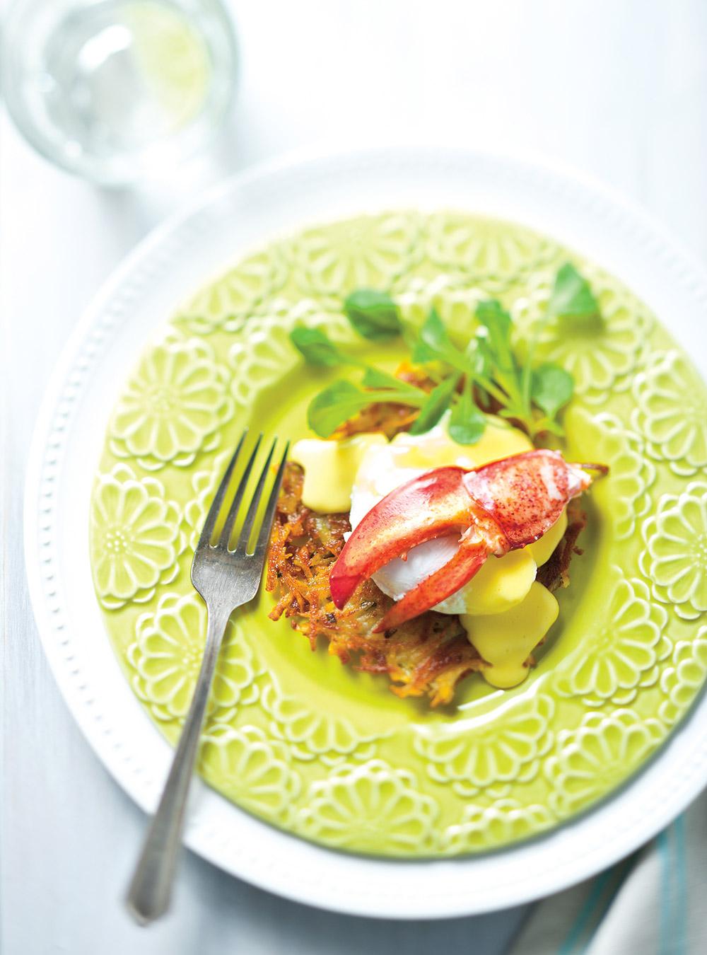 Oeufs bénédictine au homard sur röstis | ricardo