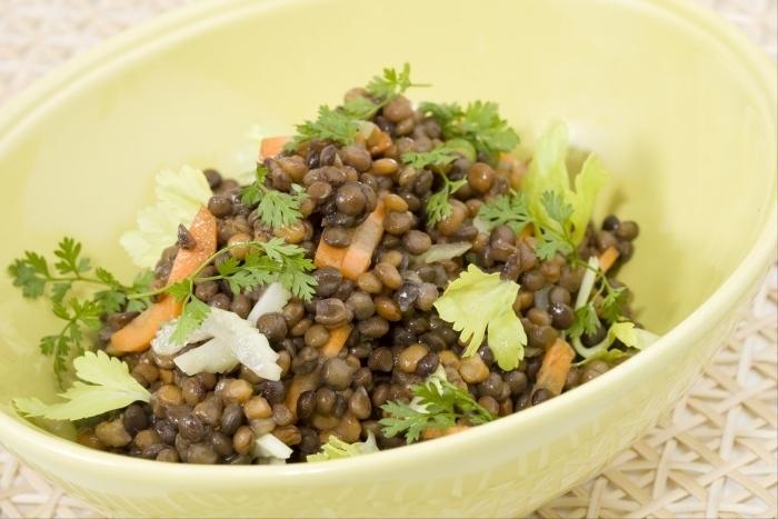 Recette de salade de lentilles au céleri facile et rapide