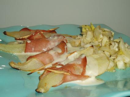 Recette de poires rôties au bacon, sauce au bleu