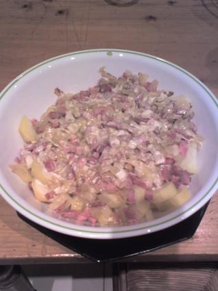 Recette de pommes de terre à la moutarde et aux lardons