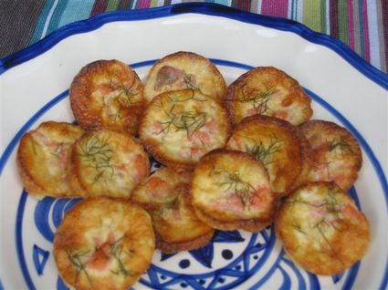 Mini quiches au saumon fumé et à l'aneth