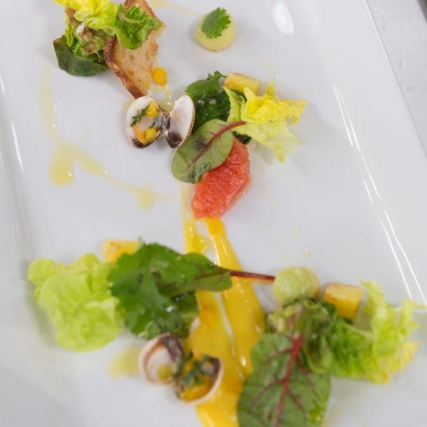 Recette salade aux fruits exotiques et cabillaud