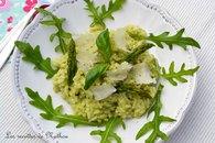 Recette de risotto printanier au pesto d'asperges vertes, de ...