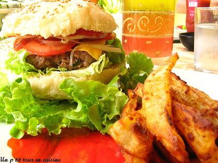 Recette de hamburgers au boeuf et frites maison