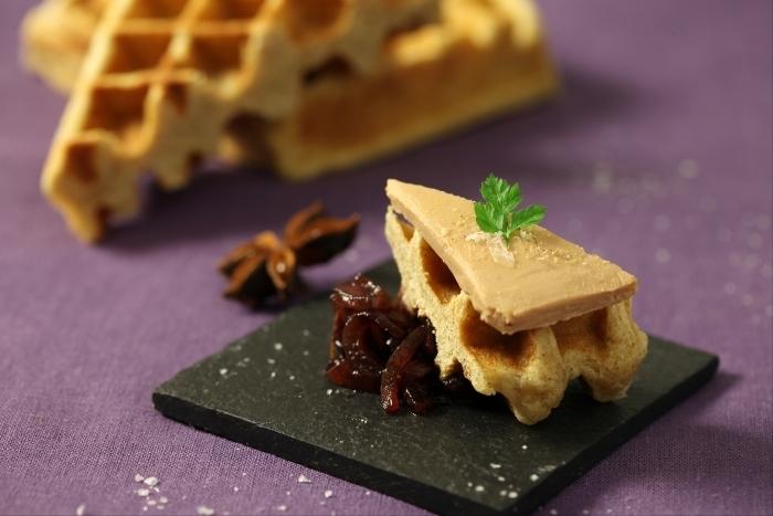 Recette de gaufre liégeoise aux épices, foie gras et chutney d ...