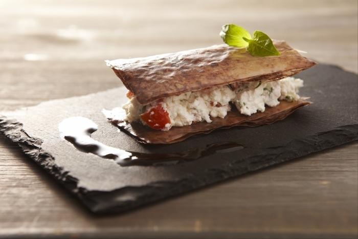 Recette de croustillant de chèvre frais cacao et basilic rapide