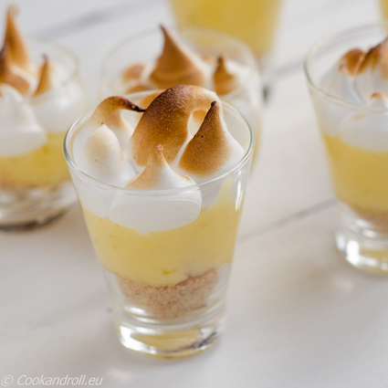 Verrines de crème de citron meringuée