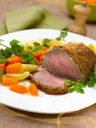 Recette de filet de bœuf en croûte de moutarde et petits légumes ...