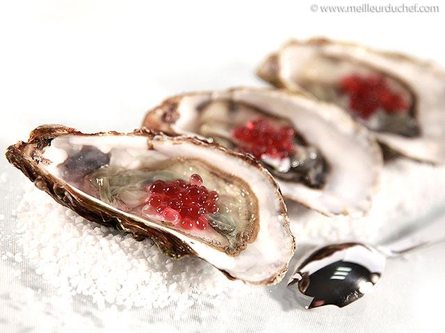 Huîtres aux perles de vinaigre à l'échalote  la recette illustrée ...