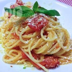 Recette spaghettis tomate, oignon et basilic – toutes les recettes ...