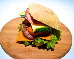 Recette hamburger, courgette, cheddar et bacon