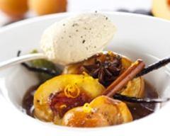 Recette nectarines et abricots rôtis à la cannelle, vanille et poivre noir