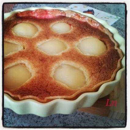 Recette de tarte aux poires, aux amandes et aux éclats de pralines ...