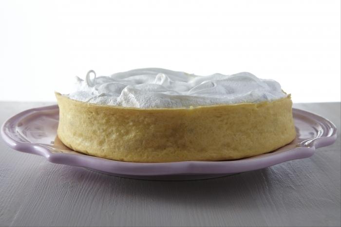 Recette de tarte à la rhubarbe meringuée facile et rapide