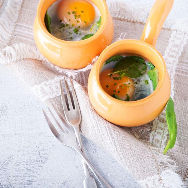 Recette œufs cocotte aux épinards et à la feta