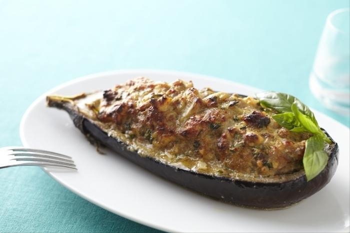 Recette de aubergines farcies au basilic facile et rapide