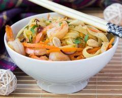 Recette tagliatelles aux crevettes, carottes et sauce soja