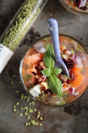 Recette de verrines de feta, saumon et sésame-wasabi