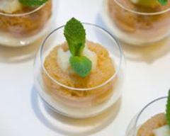 Recette minis babas au rhum et compotée d'ananas au caramel