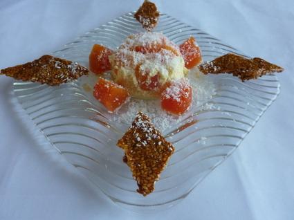Recette de crème de coco à la papaye et nougatines au sésame