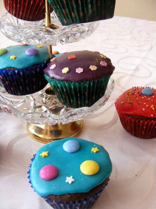 Recette de cupcakes au chocolat très colorés