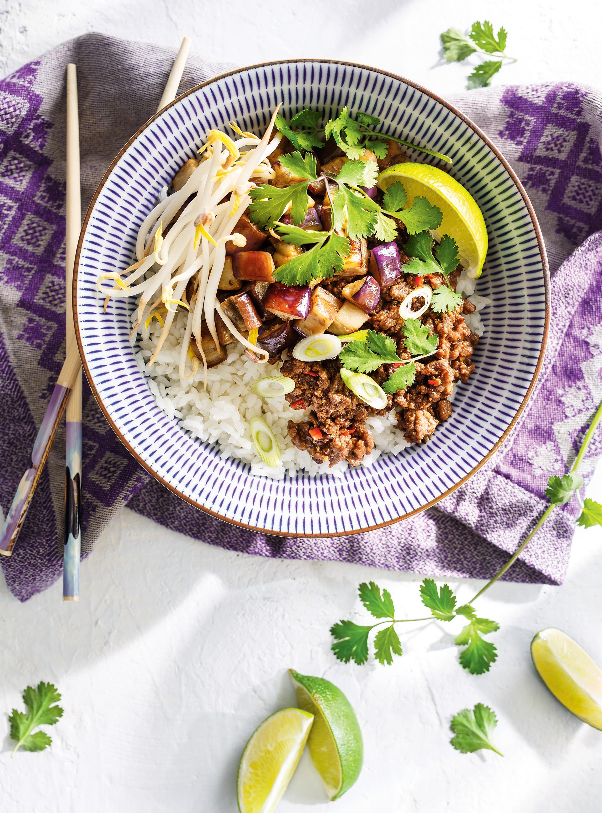 Bœuf et aubergines asiatiques comme un bibimbap | ricardo