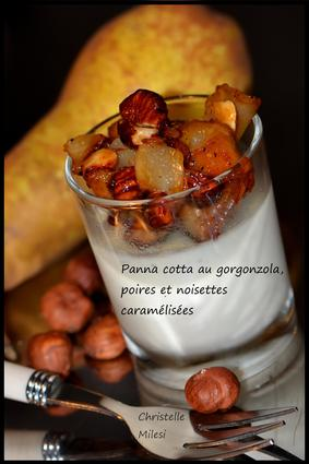 Recette de panna cotta au gorgonzola, poires et noisettes