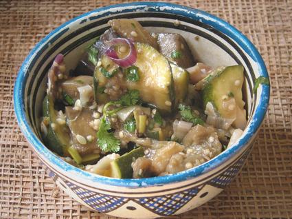 Recette de salade de courgettes et d'aubergines à l'orientale