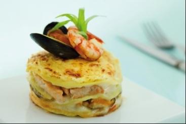 Lasagnes aux fruits de mer rapides recette - Lasagne facile et rapide ...