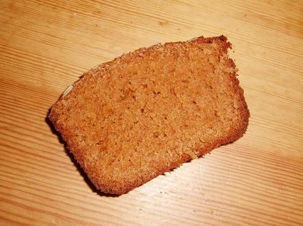Recette de pain d'épices moelleux au miel et amandes