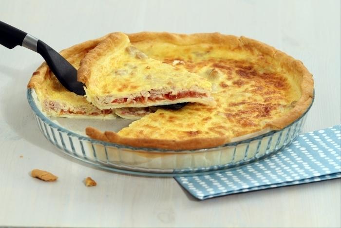 Recette de quiche bluffante thon, tomate et moutarde facile et rapide
