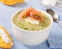 Recette soupe froide à l'avocat et saumon fumé