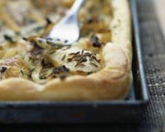 Recette tarte à l'oignon, reblochon et cumin