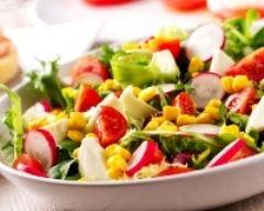 Recette salade minceur aux radis, tomates, mozzarella et maïs