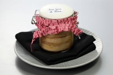 Recette de terrine de foie gras et de poires épicées compressée en ...