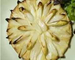 Recette tarte fine de pointes d'asperges blanches à la frangipane