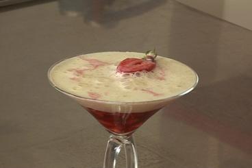 Recette de jus de fraise, fraises gariguette, émulsion à la vanille ...