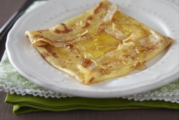 Recette de crêpes miel et citron facile et rapide