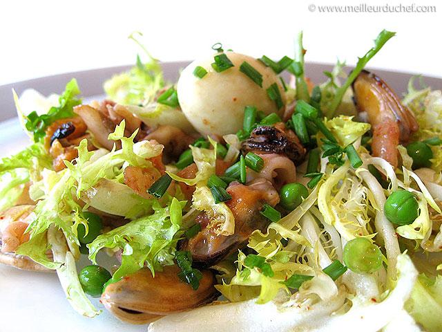 Salade de fruits de mer  la recette illustrée  meilleurduchef.com