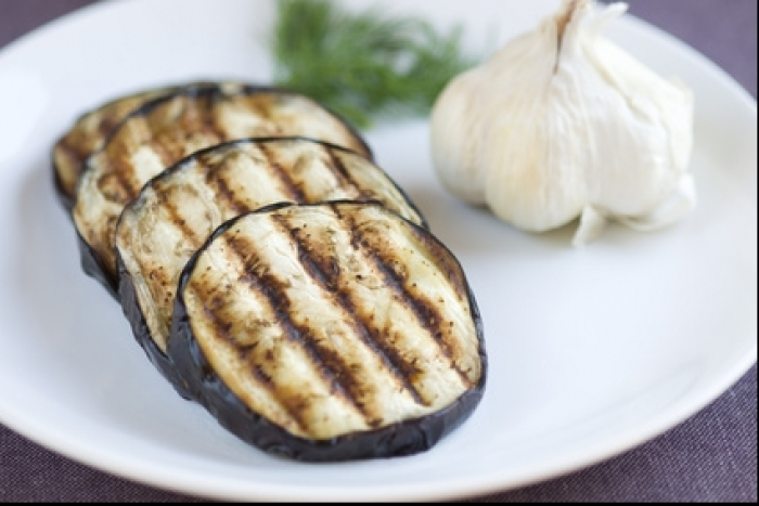 Recette de aubergine grillée au barbecue facile et rapide