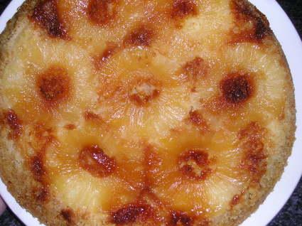 Gâteau à l'ananas et caramel