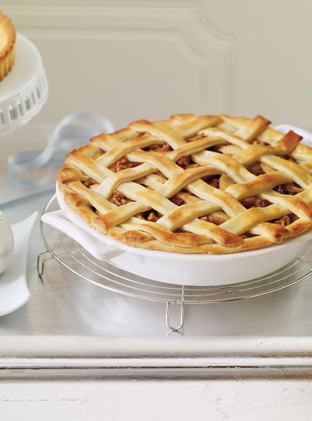 Tarte aux pommes, aux canneberges et aux noix | ricardo