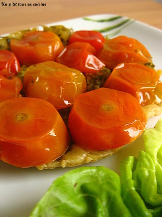 Recette de tartelette tatin de tomates cerises au pesto