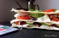 Recette de mille-feuilles tomate mozzarella au pain à pizza