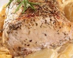 Recette rôti de porc à l'ail, au thym et rattes au four
