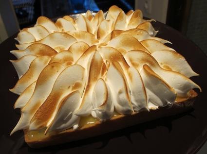 Recette de tarte au citron meringuée et pâte sablée à l'amande