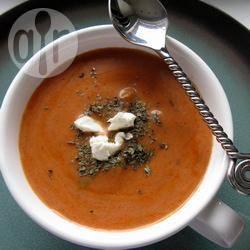Recette soupe tomate, basilic et chèvre frais – toutes les recettes ...