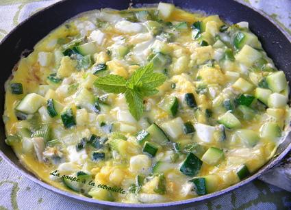 Recette omelette aux courgettes au chavignol et à la menthe