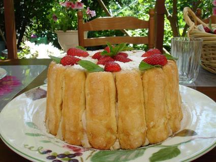 Recette de charlotte aux fraises et à la menthe