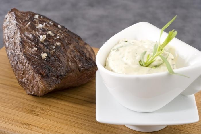 Recette de bavette grillée, sauce béarnaise rapide